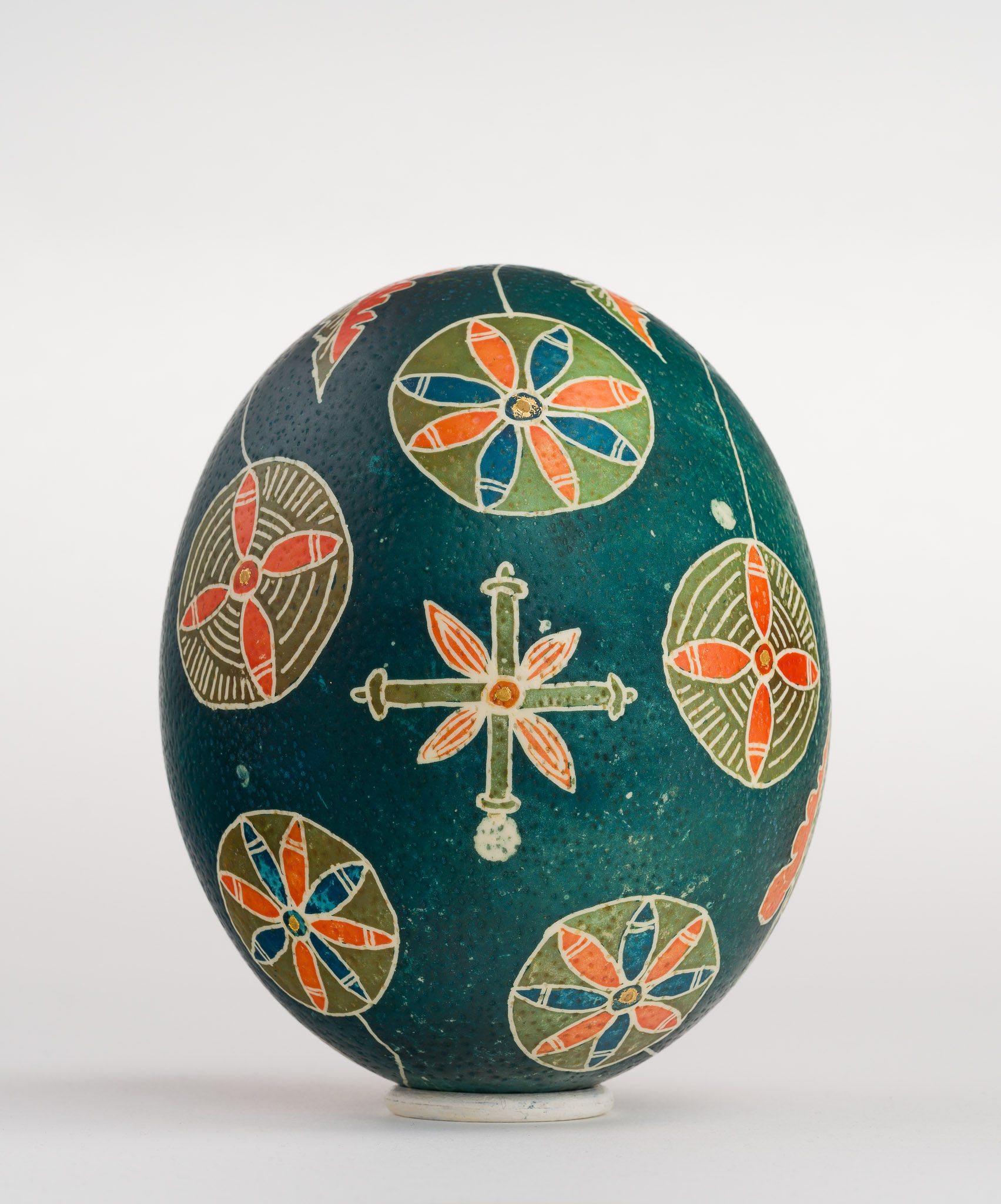 Icoană încondeiată pe ou de struț - Iisus cu vița - maryando-103b.jpg